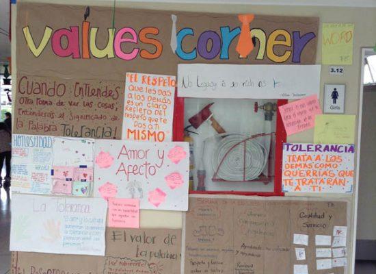 trabajos-catedra-de-la-felicidad-colegio-colombo-gales-48
